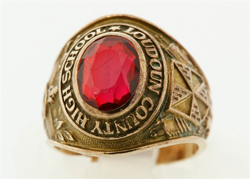 Can You Pawn A Silver Class Ring