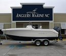 2018 Robalo R200 CC Navy Bottom ##UNKNOWN_VALUE## Boat