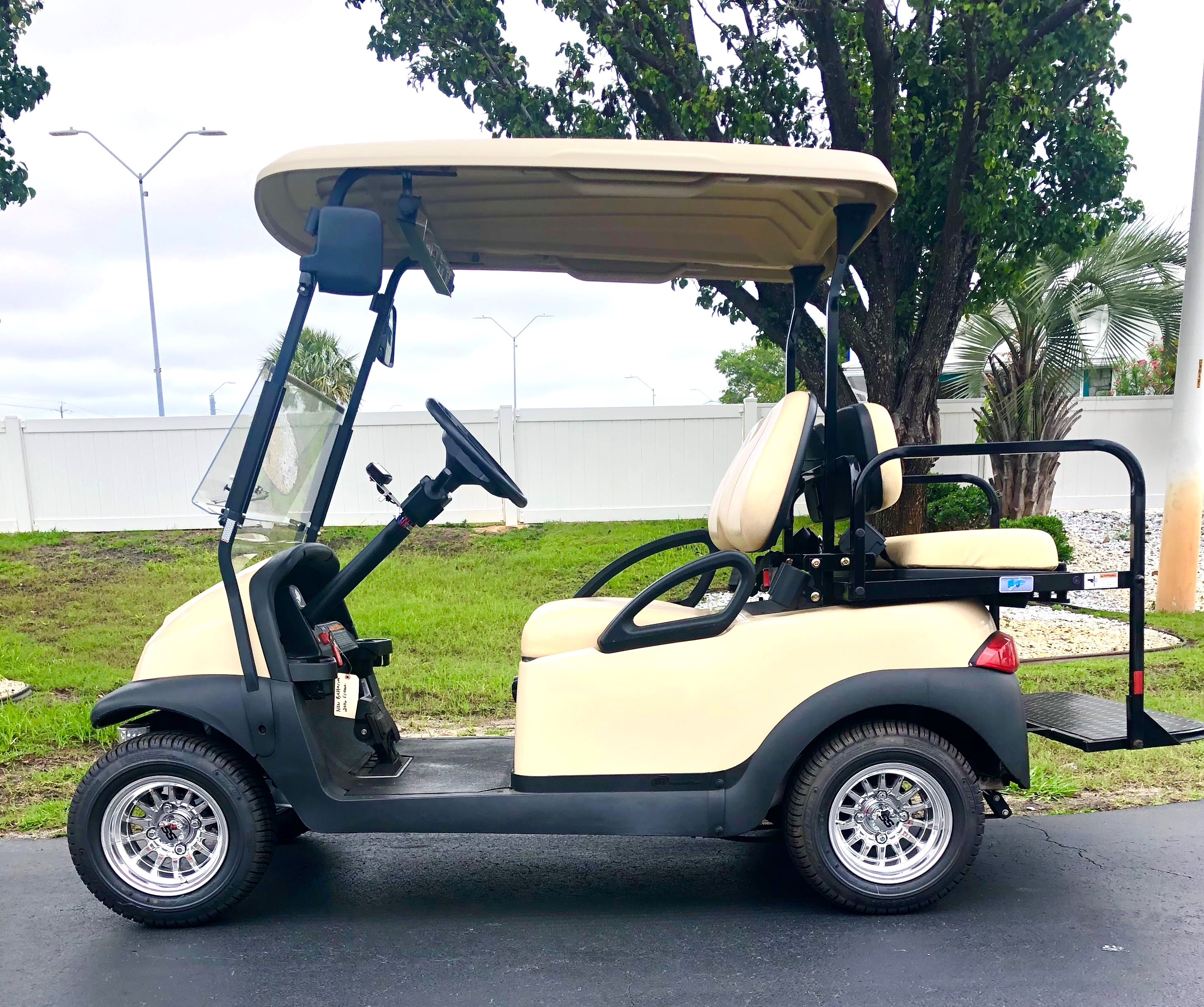 2020 Club Car 4 Passenger with Chrome Wheels