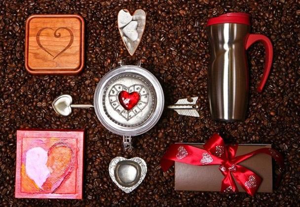 Free Silver Heart Shaped Coffee Scoop!